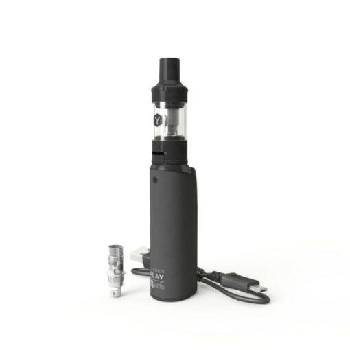 Lynden Play Kit auf dem Bild ist die E-Zigarette sowie Coil und Ladekabel zu sehen